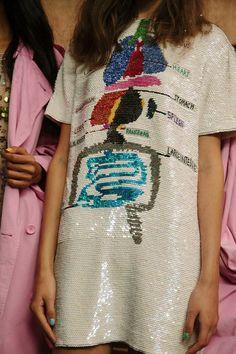 ASHISH SS16 платье с пайетками и принтом ч изображением пищеварительной системы - для смелых и обладателей отменного вкуса (и чувства юмора в придачу)