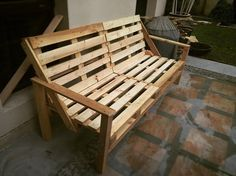 Decorative Pallet Benches in your home interior