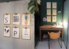 5 ideias faça-você-mesmo fáceis para decorar a sua casa! | mora mais, mostra de decoração, arquitetura, barato, fácil, diy, faça você mesmo, tutorial, projeto, decoração, quarto de criança, sala colorida, sala de estar, cartela de cores, quadro, galeria, fita crepe, prancheta, poster, caneca, planta, luminária, pendente, luz, detalhe, tinta, tinta spray, projeto, pendente, luminária barata, lustre