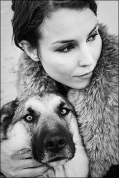 Noomi Rapace with her dog