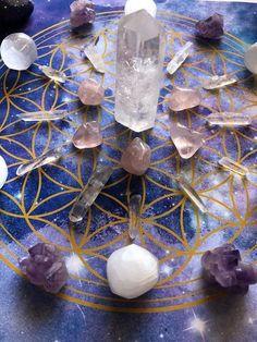 Flower of Life Galaxy Crystal Grid Poster Gems And Minerals, Crystals Minerals, Crystals And Gemstones, Stones And Crystals, Crystal Magic, Crystal Grid, Crystal Healing, Healing Stones, Crystal Mandala