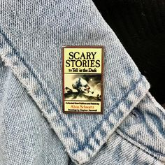 Scary Stories I loved these as a kid Jacket Pins, Pins And Needles, Cool Pins, Scary Stories, Pin And Patches, Disney Pins, Looks Cool, Pin Badges, Lapel Pins