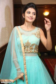 Anandhi Indian Actress Hot Pics, Actress Pics, Tamil Actress Photos, Indian Actresses, Beautiful Girl Photo, Cute Girl Photo, Beautiful Bollywood Actress, Most Beautiful Indian Actress, Bollywood Girls