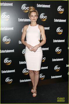 Jennifer Morrison & Jesse Tyler Ferguson Dress Up at ABC Upfront Party!