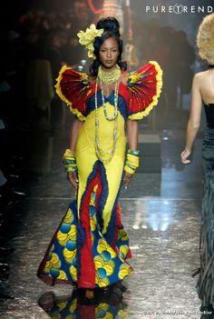 """Jean-Paul gaultier - Défilé Haute Couture Printemps-Eté 2005 Collection Hommage à l'Afrique, robe """"Baoulé"""""""