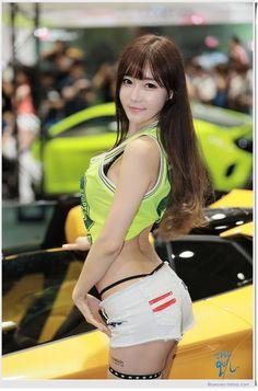 Choi Seul Gi - Seoul Auto Salon 2016
