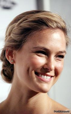 Bar Refaeli | Low Bun