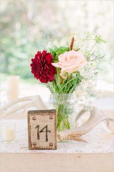 fantastische schöne Blumendeko für den Tisch