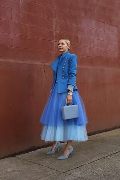 Bekleidung Atlantic-Pacific – A fashion and personal style site by Blair Eadie. Fast Fashion, Blue Fashion, Colorful Fashion, Look Fashion, High Fashion, Womens Fashion, Fashion Design, Fashion Trends, Fashion Blogs