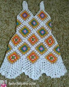 Knitting patterns baby poncho granny squares 16 Ideas for 2019 Crochet Tunic, Crochet Motif, Diy Crochet, Crochet Clothes, Crochet Baby, Baby Knitting Patterns, Crochet Patterns, Pinterest Crochet, Crochet Summer Dresses