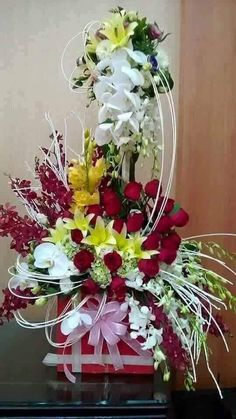 Things to Know about Deals on Valentine's Day Flowers Online Beautiful Flowers Pictures, Beautiful Flowers Wallpapers, Beautiful Rose Flowers, Flower Pictures, Amazing Flowers, Vintage Flower Arrangements, Beautiful Flower Arrangements, Happy Birthday Flowers Wishes, Rose Flower Wallpaper