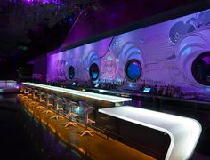 3form Europe - REVOLUTION LOUNGE - glowing bar top