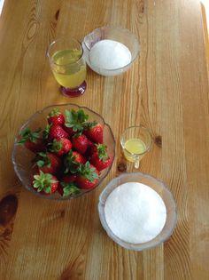 Συνταγές και ιδέες για διατροφή Weight Watchers: Μους φράουλα - 3 pp