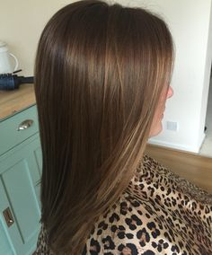 Chocolate golden brown hair with naturally hand painted highlights! #hairbychancedarcy