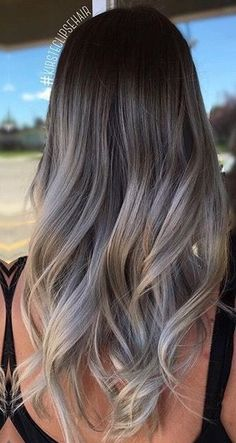 Are you looking for ash blonde hair color ideas like ash blonde light or ash blonde rose gold? Planning to create a fabulous looking with your such favorite hair color ideas. then the best options Cabelo Ombre Hair, Grey Ombre Hair, Ash Blonde Hair, Brunette Hair, Curly Blonde, Beige Hair, Light Ash Blonde, Brown Hair With Highlights, Brown Hair Colors