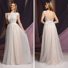 This informal wedding gown is perfect for a destination wedding!  Take a closer look at this gorgeous dress here: http://bit.ly/26gSfbd