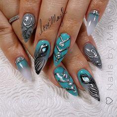 So unique. Fancy Nails, Bling Nails, Pretty Nails, Best Nail Art Designs, Beautiful Nail Designs, Peacock Nail Art, Iridescent Nail Polish, Painted Nail Art, Hot Nails