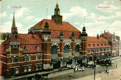 Old postcard of beautiful Lübeck´s train station.