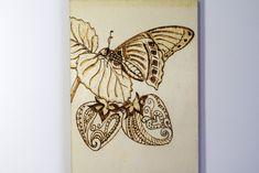 Pirograbado en madera ( Mariposa y Fresas)