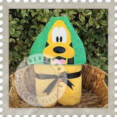 Friendly Dog Applique hooded towel design. #Embroidery #Applique