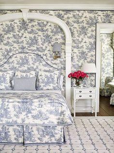 20 best blue toile bedroom images toile blue white bedroom rh pinterest com