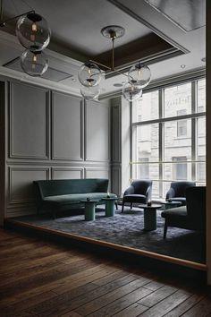 zum stilvollen interieur gehört eine schwarze wohnwand | interior, Innedesign