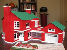 In the 1953 diagram, the roof has a notch cut out for the chimney. I didn't want to cut my original Halsam roofing, so I cut a notch in this construction paper roof instead. This also centers the roof on the structure. Vintage Toys 1960s, Retro Toys, Retro Vintage, Two Story Homes, Second Story, Childhood Toys, Old Toys, Legos, Breeze