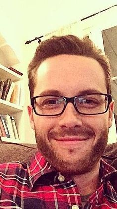 Jesse Lee Soffer - scruff and glasses??? Total yum!! The fact that I didn't recognize him says he's too different looking.