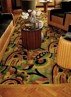 A beautiful living room with an Art Deco Collection Carpet