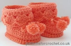 Booties for best free baby crochet pattern from http://www.patternsforcrochet.co.uk/booties-for-best-usa.html #freecrochetpatterns #patternsforcrochet