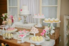 wedding cupcake table ideas | Photo Gallery of the Wedding Dessert Table Ideas