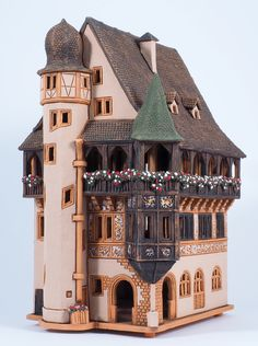 Ceramic handmade house miniature by Midene. Pfister house in Colmar, France. F234