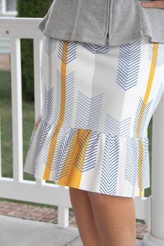 How to sew an easy women's pencil skirt with ruffle. Add flair to an every day skirt basic, by sewing a ruffle on the bottom.