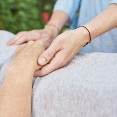 Silvia Augustin Impulsströmen Holding Hands, Wellness, Hand In Hand