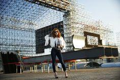 Sophia Abrahão posa para ensaio de moda do EGO na Cidade do Rock, onde vai acontecer o Rock in Rio 2015 no Rio de Janeiro