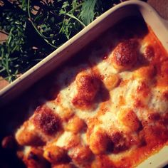 Gnocchi bake recipe Baked Gnocchi, Fast And Furious, Pepperoni, Family Meals, Baking Recipes, Pizza, Easy, Food, Essen