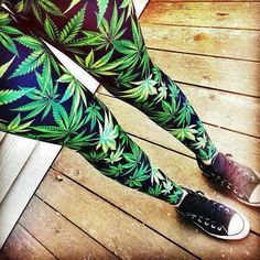 marijuana leaf Leggings
