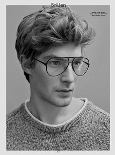 Looks like a proper nod to the man himself! Gq Style, Hair Style, How To Look Handsome, Mens Glasses, Stylish Men, Pretty Boys, Male Models, How To Look Better, Mens Fashion