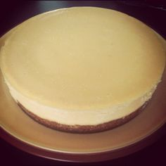 White Choc and vanilla cheesecake with a hobnob base and chunks of Milka daim. Still got the toffee topping to go!