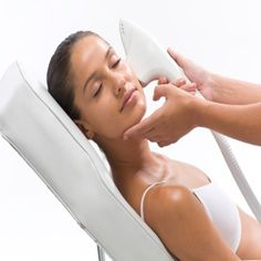 Advantages of Laser Acne Treatment--lots of good information!