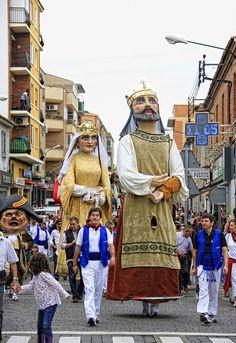 Fiestas del Pilar 2012. Comparsa de gigantes y cabezudos de Zaragoza. | Flickr – Condivisione di foto!