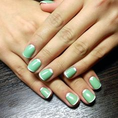 Ready for a collection that's full of edgy, cool and simple nail art designs? It's perfect time to refresh your current nail design. Simple Nail Art Designs, Nail Designs Spring, Cute Nail Designs, Easy Nail Art, Christmas Nail Art Designs, Christmas Nails, Simple Nails, Cute Nails, Nail Polish