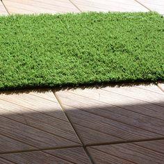 Carrelage à clipser et pelouse clipsable pour balcon