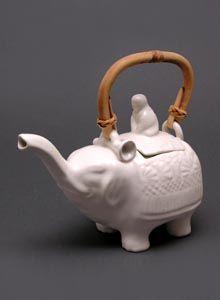 Jenggala Keramik Bali - elephant tea pot