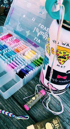 not my pic, credit to on vsco :)) Summer Bracelets, Cute Bracelets, Beaded Bracelets, String Bracelets, Ankle Bracelets, Summer Goals, Summer Fun, Happy Vibes, Summer Aesthetic