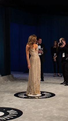 Oscars Die Red-Carpet-Looks der Stars Gala Dresses, Event Dresses, Bridal Dresses, Oscar Dresses, Pretty Dresses, Beautiful Dresses, Looks Street Style, Looks Chic, Red Carpet Looks