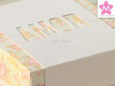 Caixa 10x10x3cm c/cinta AMOR