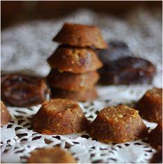 appelsiinejahunajaa: Manteli-taatelinamut/pikkuleivät