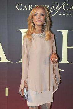 Carmen Lomana en el 'Premio Maja de los Goya de Carrera y Carrera' - Gala 'Premio Maja de los Goya de Carrera y Carrera'