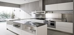 Contemporary white kitchen design white island Breathtaking And Stunning Italian Kitchen Designs